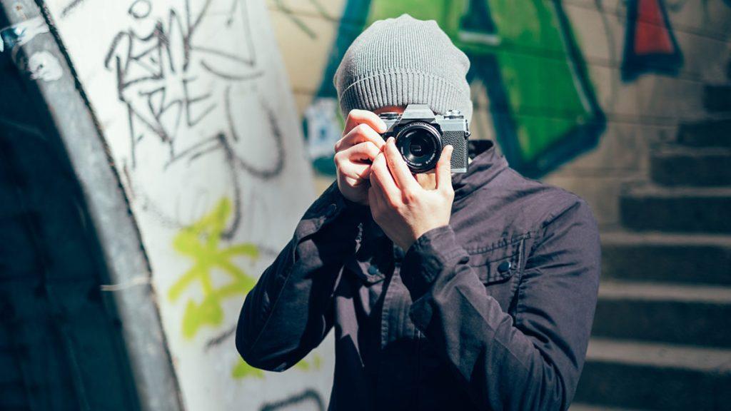 ¿VAS A SACAR FOTOS EN LA CALLE? EVÍTA ESTOS RIESGOS